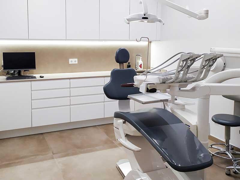 Clínica Dental Carlos Ribó